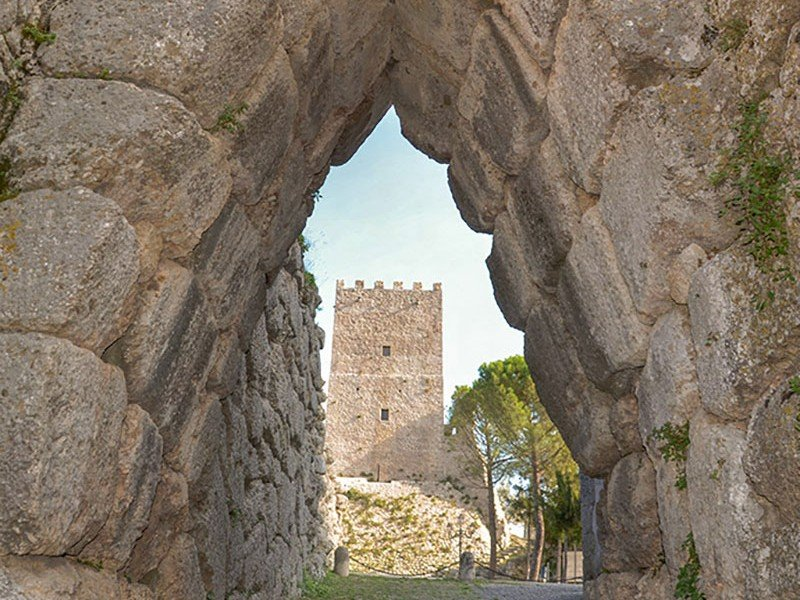 Discover Arpino pre-Roman ruins and other historical places in the Roman Countryside - History Tours in Italy