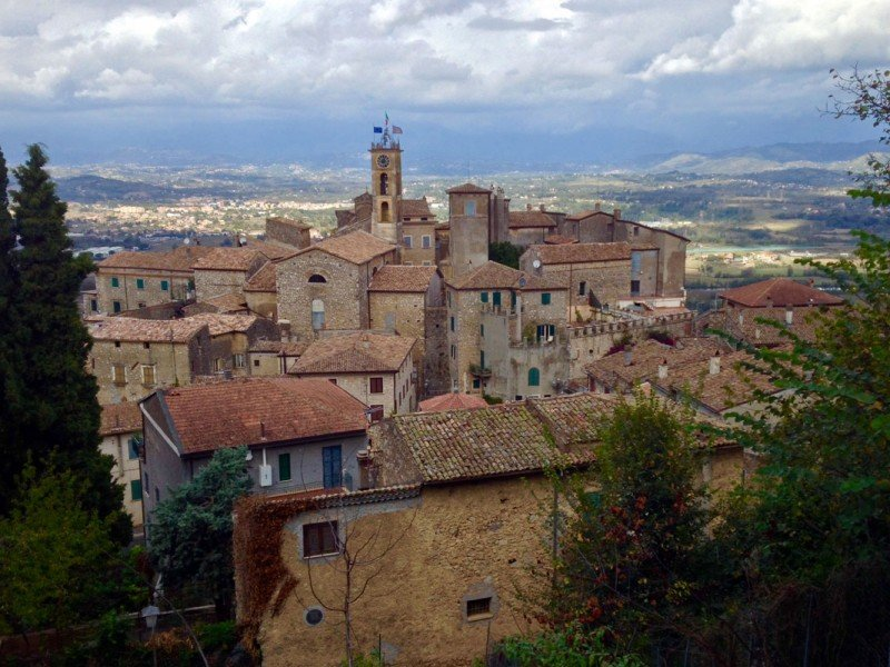 Discover peaceful little-known old villages in the Roman Countryside - Cultural Tours in Italy