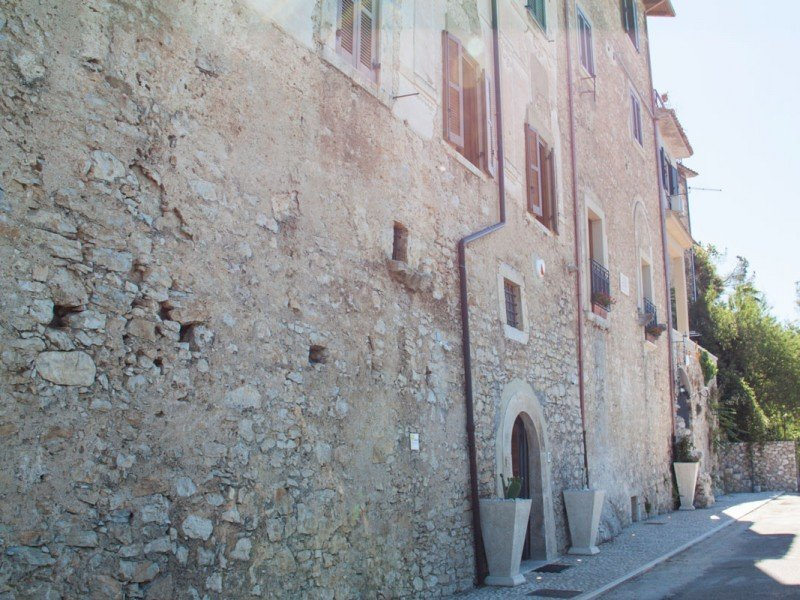 Stone facade of our historical XVII-century renovated building - Medieval village stay in Italy